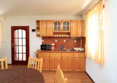 House 2 (2)