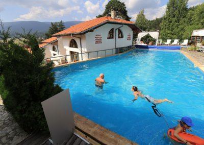 Swimming pool (12)